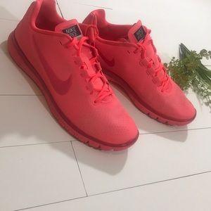 Nike Shoes Gratis 30 Coral Neon ColorPoshmark Gratis 30 Neon Pinkcoral løb Poshmark